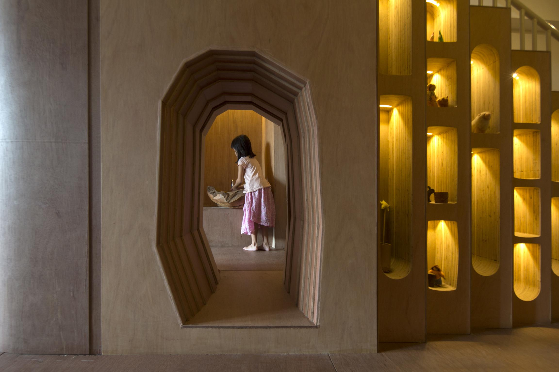 Honorable Mention In Responsive Design Wondrous Light Children's House 05
